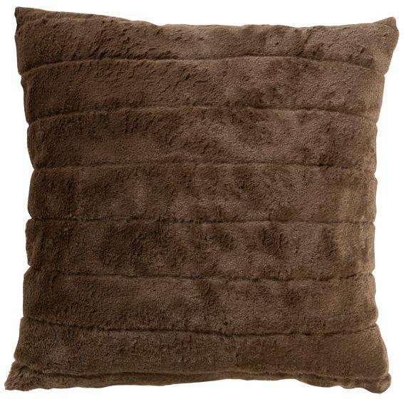 housse de coussin imitation fourrure et su dine chocolat. Black Bedroom Furniture Sets. Home Design Ideas