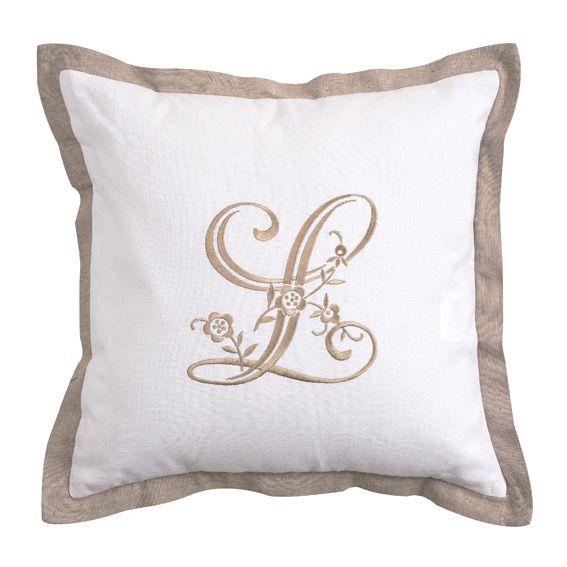 coussin brod louis blanc et lin eminza. Black Bedroom Furniture Sets. Home Design Ideas
